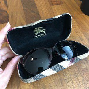 Burberry Sunglasses B4088